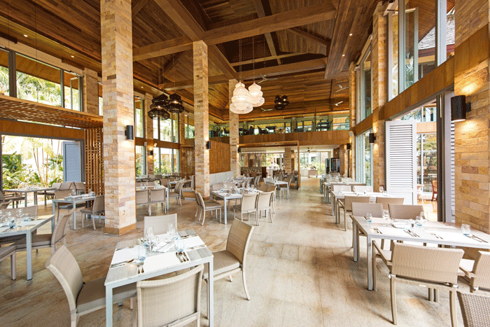 Restaurant im Robinson Khao Lak